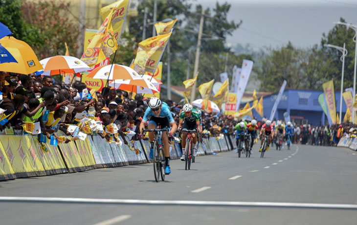 Julian Hellmann wins stage five